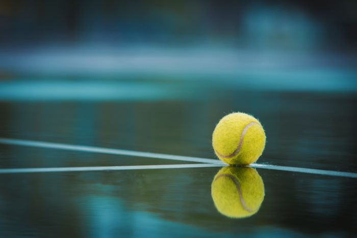 yellow-tennis-ball-2339377